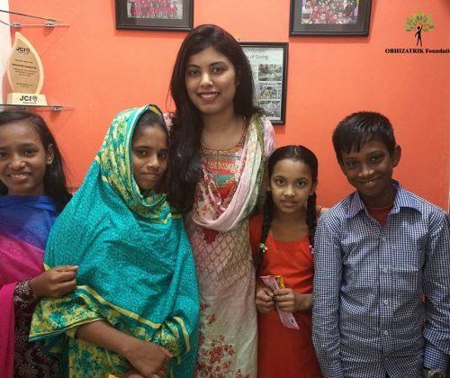 Sneha Khan, child sponsor of our six children visited our Mirpur School